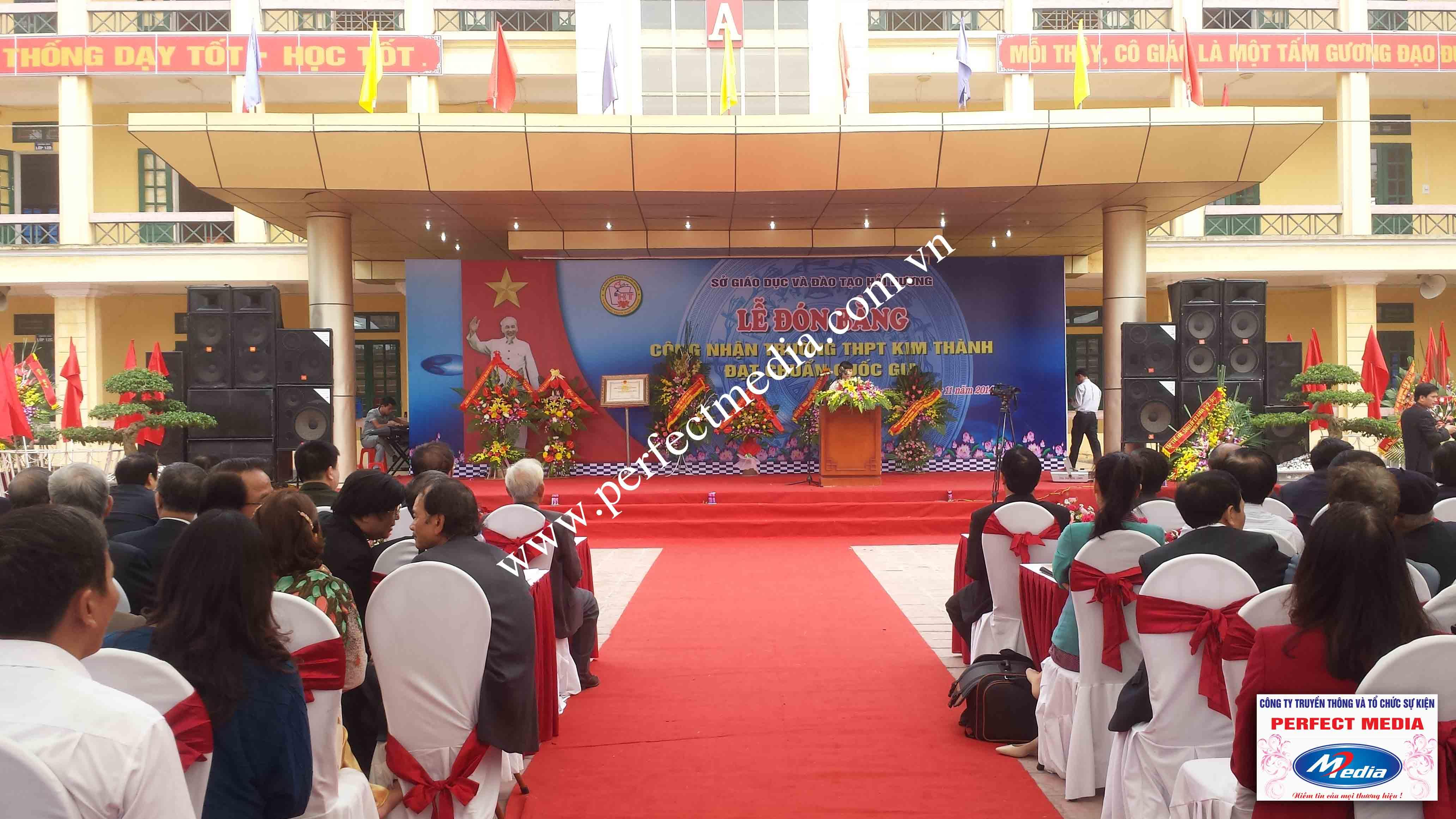 Hình ảnh buổi lễ Trường THPT Kim Thành được công nhận đạt chuẩn Quốc Gia 11