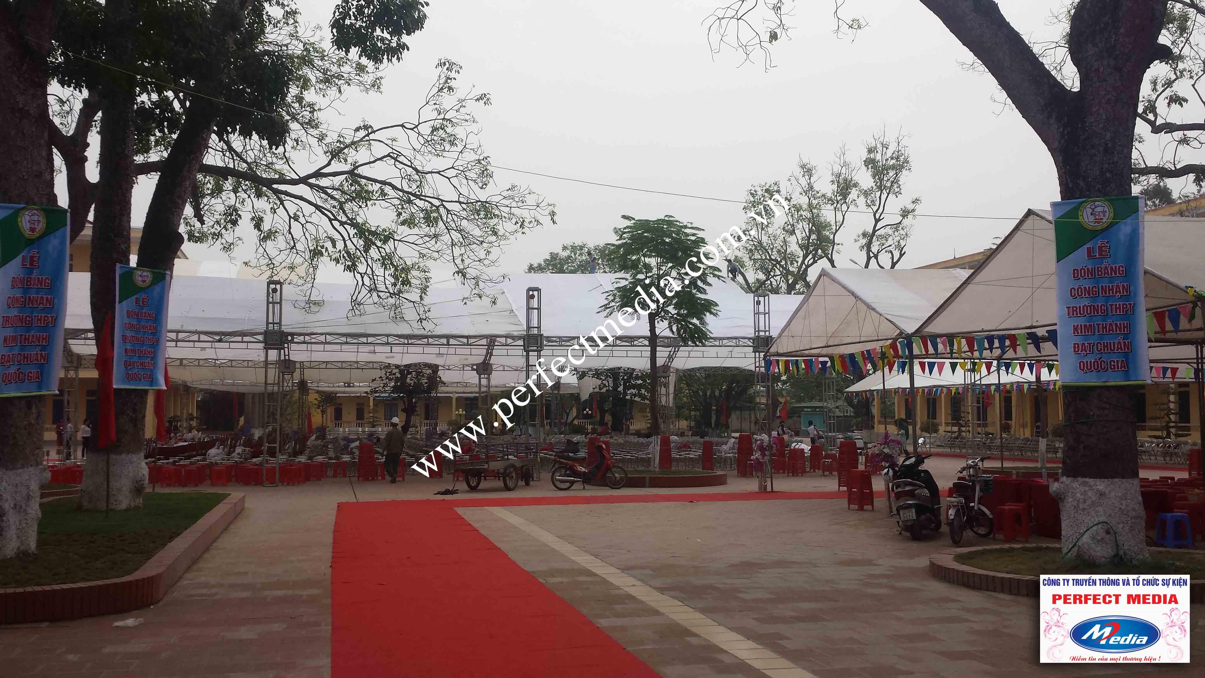 Hình ảnh buổi lễ Trường THPT Kim Thành được công nhận đạt chuẩn Quốc Gia 10