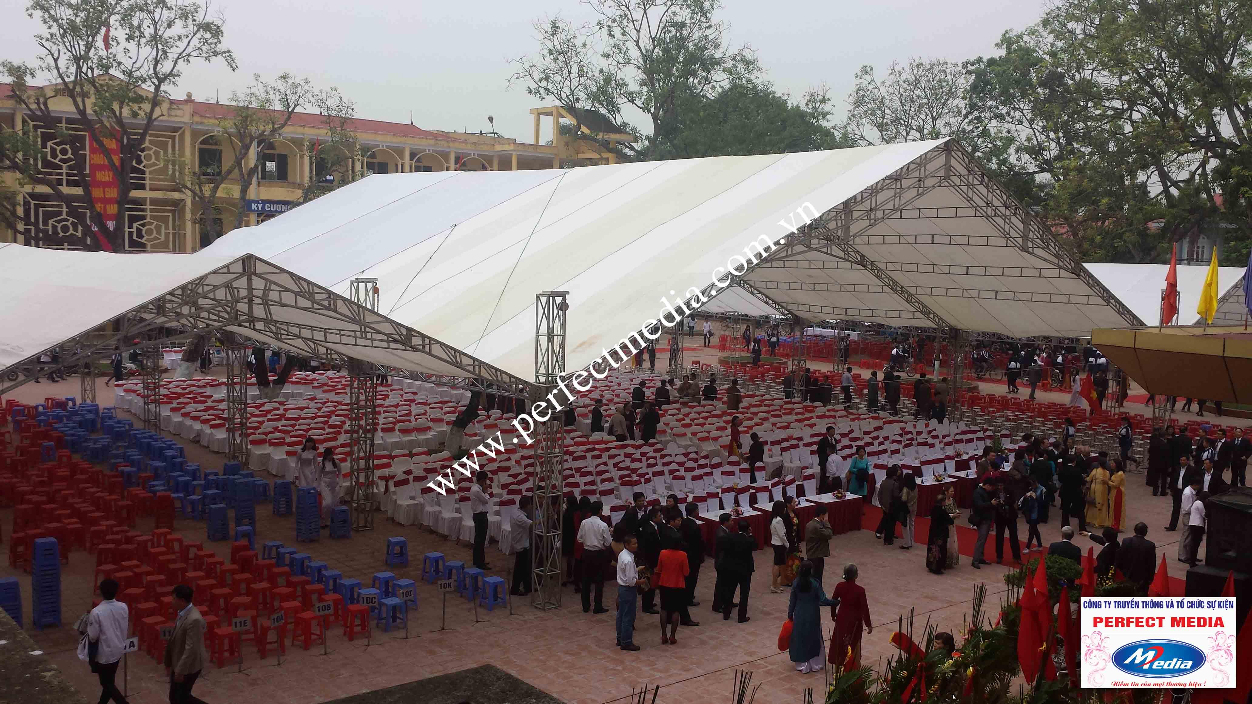 Hình ảnh buổi lễ Trường THPT Kim Thành được công nhận đạt chuẩn Quốc Gia 03