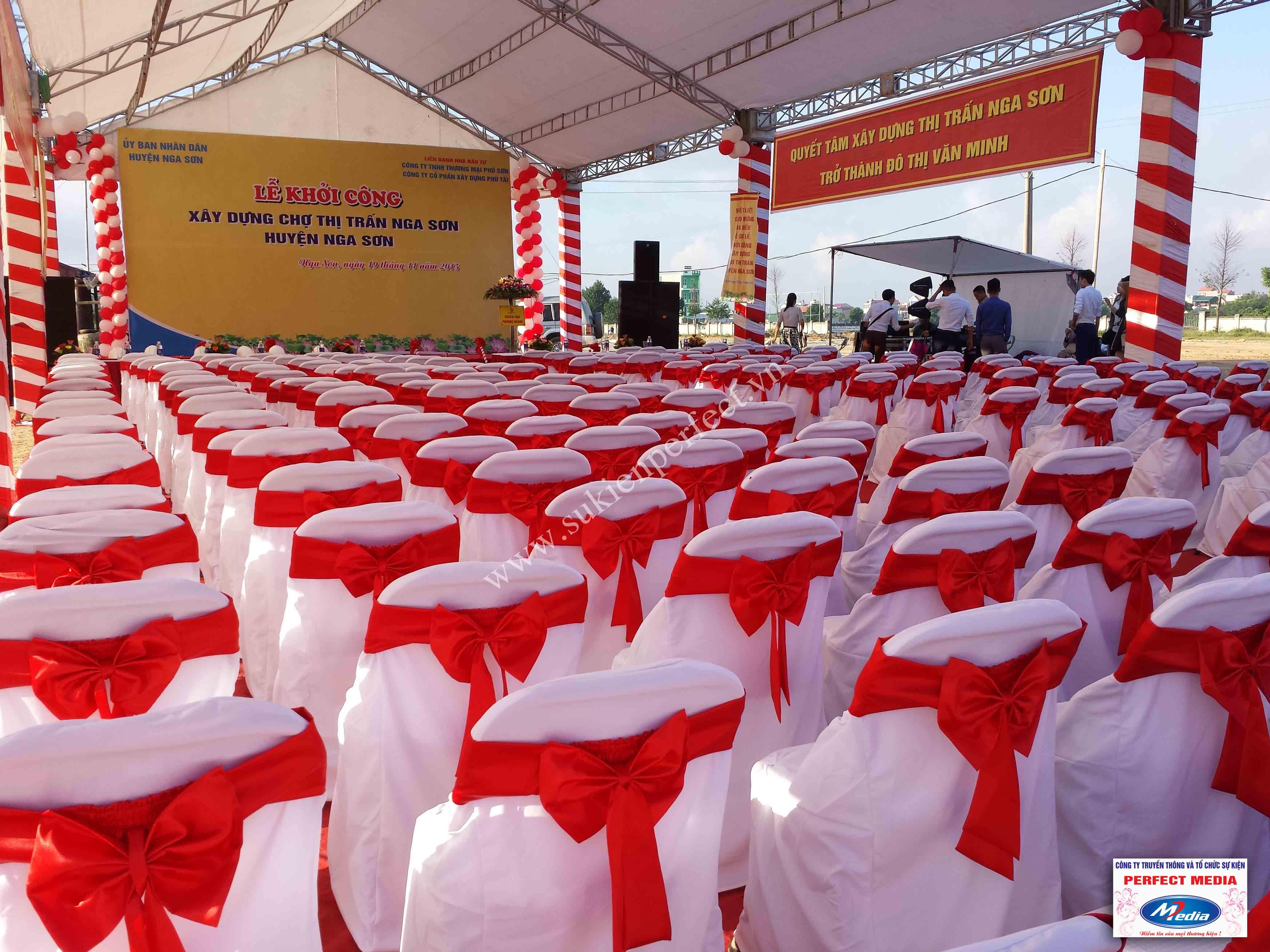 Hình ảnh hội trường lễ khởi công xây dựng chợ thị trấn huyện Nga Sơn 02