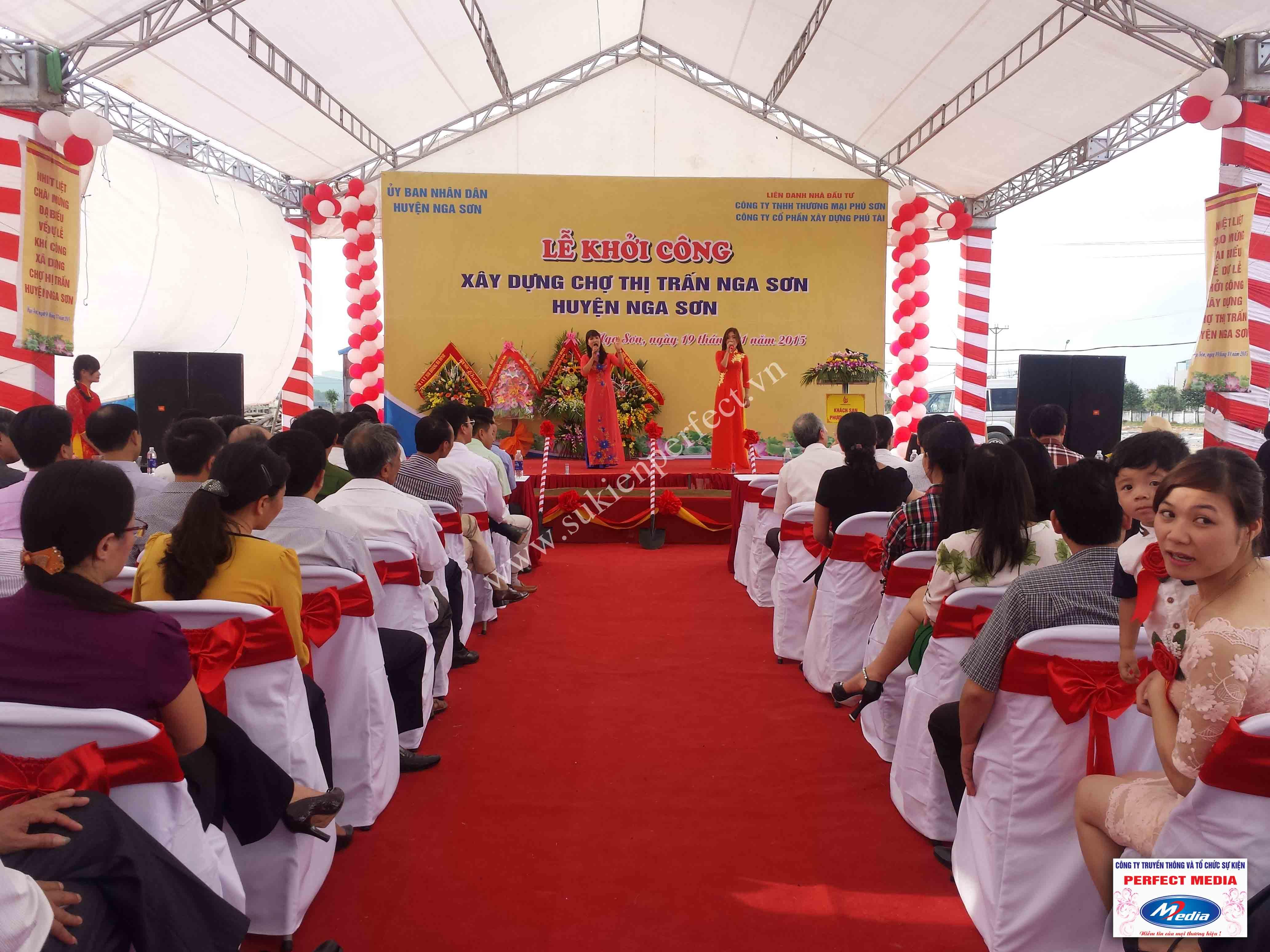 Hình ảnh hội trường lễ khởi công xây dựng chợ thị trấn huyện Nga Sơn 09