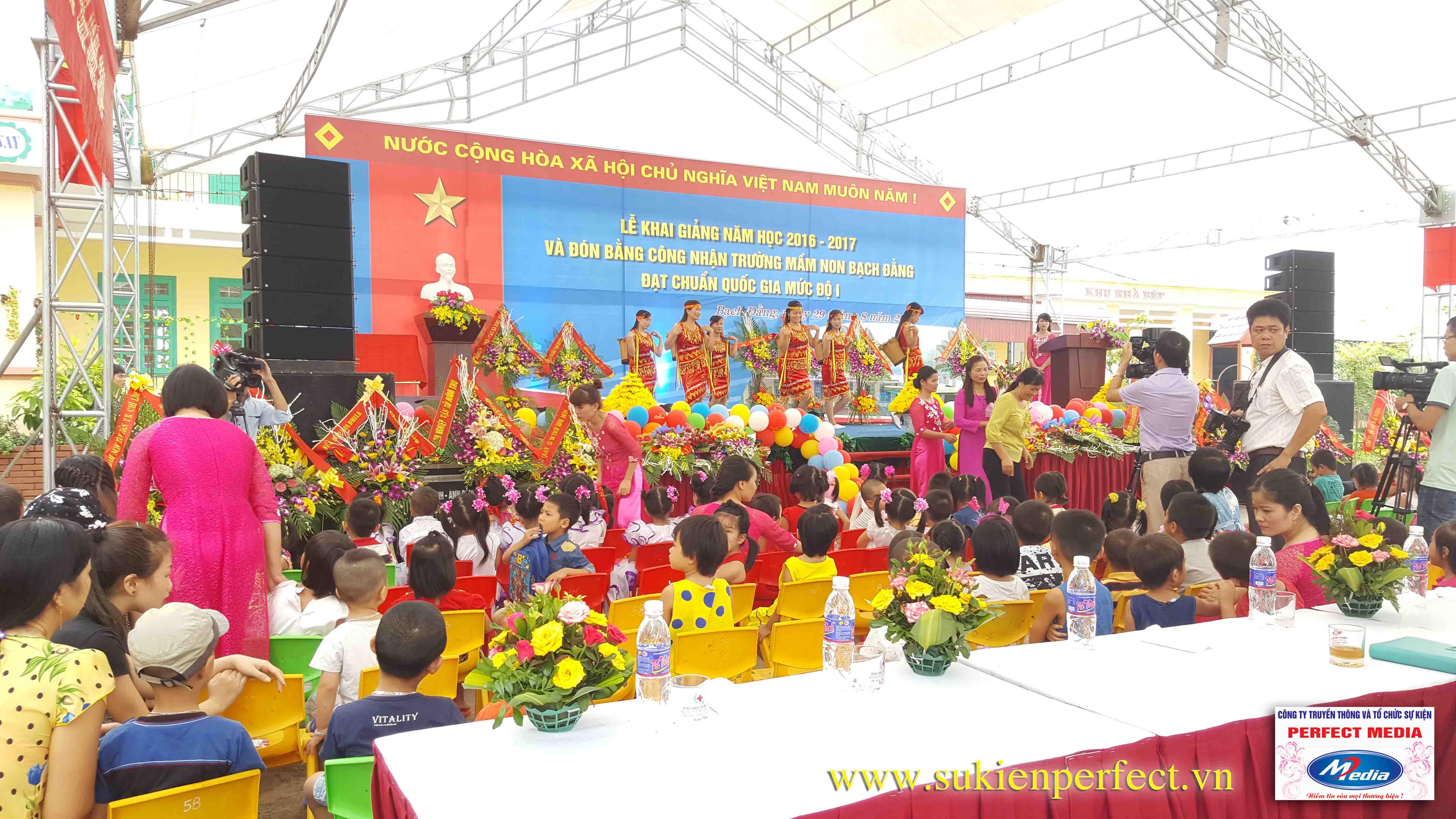 Lễ khai giảng năm học 2016 - 2017 của trường mầm non Bạch Đằng - Kinh Môn 08