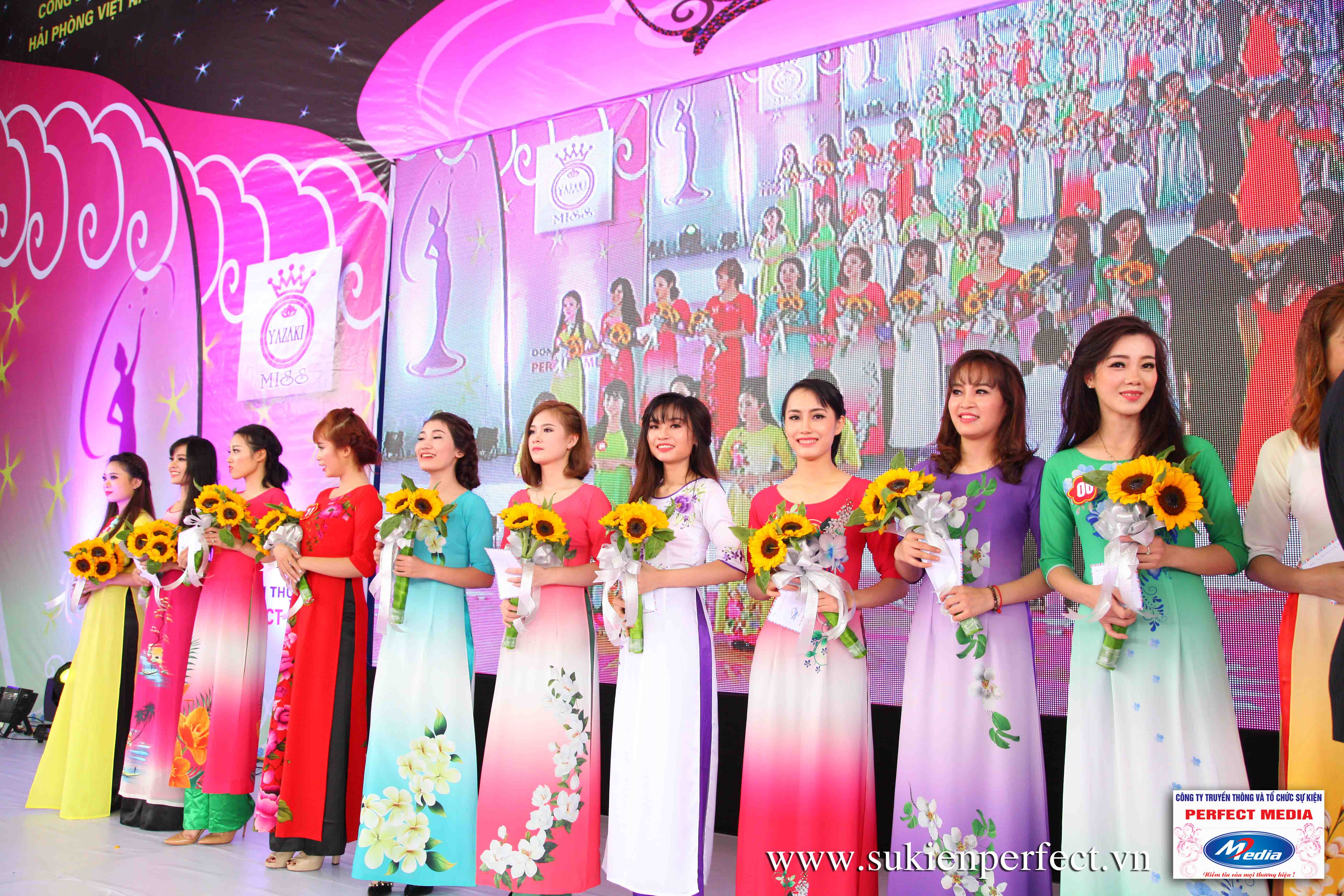Hình ảnh các người đẹp trong sự kiện Người đẹp Yazaki Quảng Ninh 2016 (Màn đăng quang) - 07