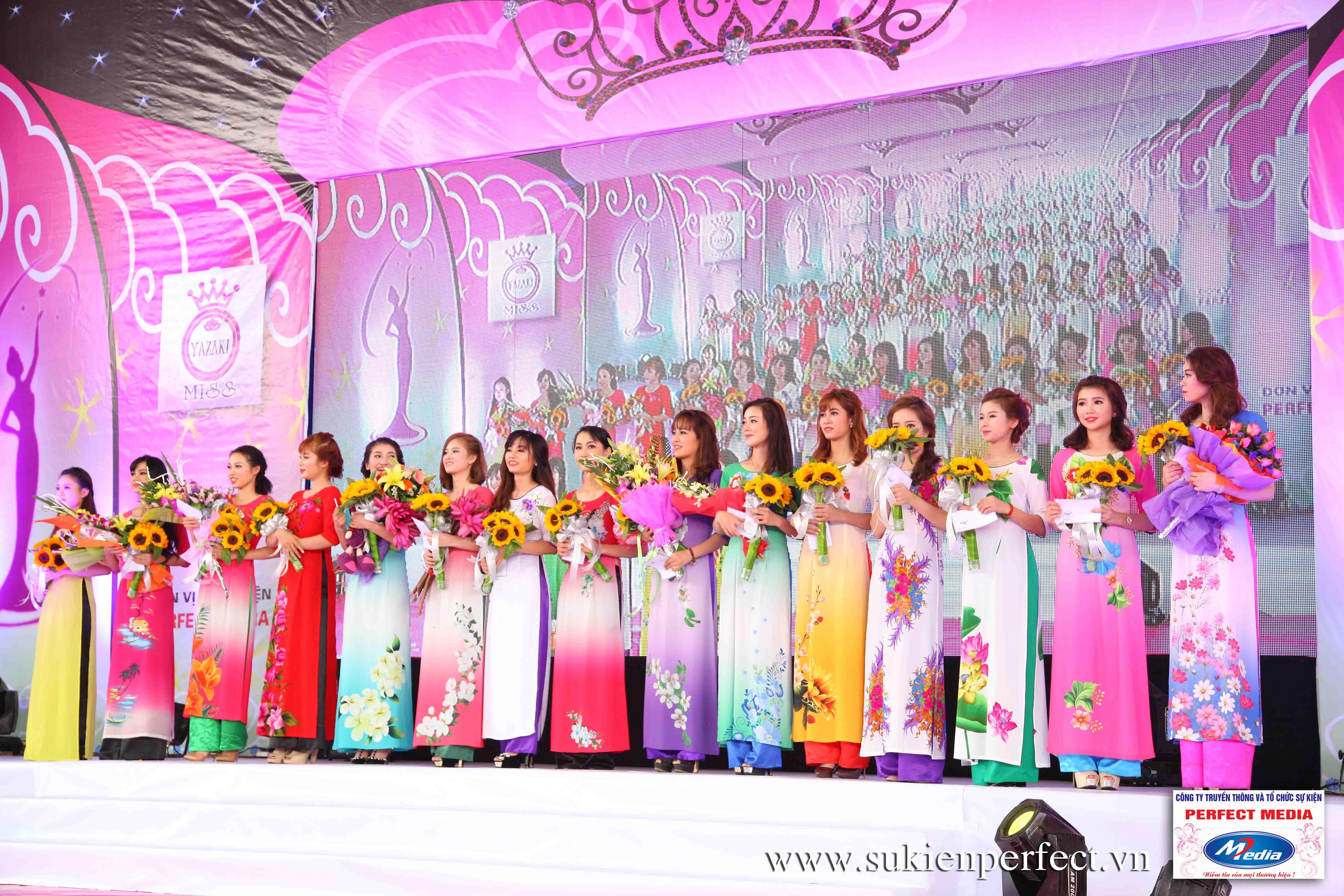 Hình ảnh các người đẹp trong sự kiện Người đẹp Yazaki Quảng Ninh 2016 (Màn đăng quang) - 09