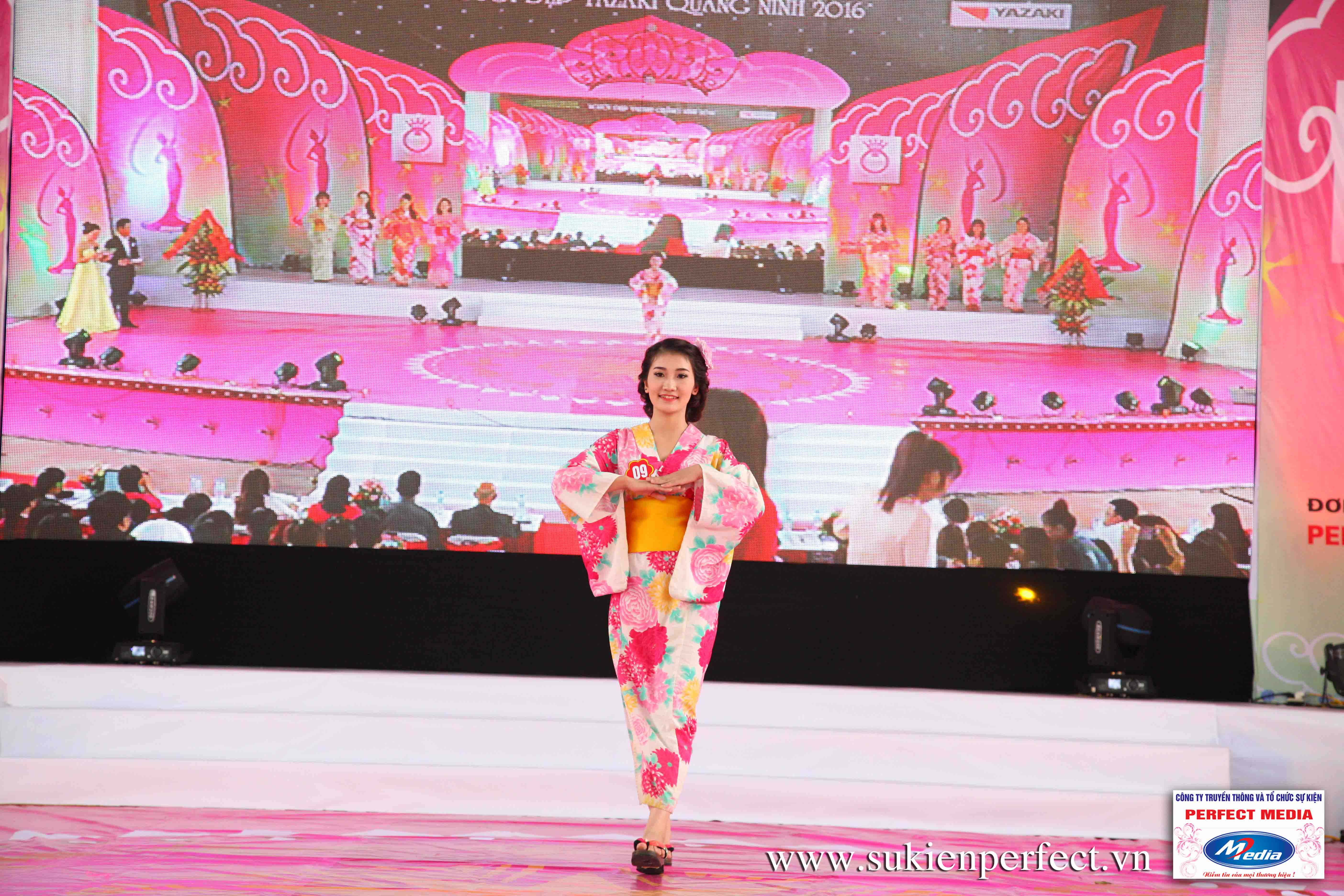 Hình ảnh các thí sinh trong trang phục Kimono - Người đẹp Yazaki Quảng Ninh 2016 - 10