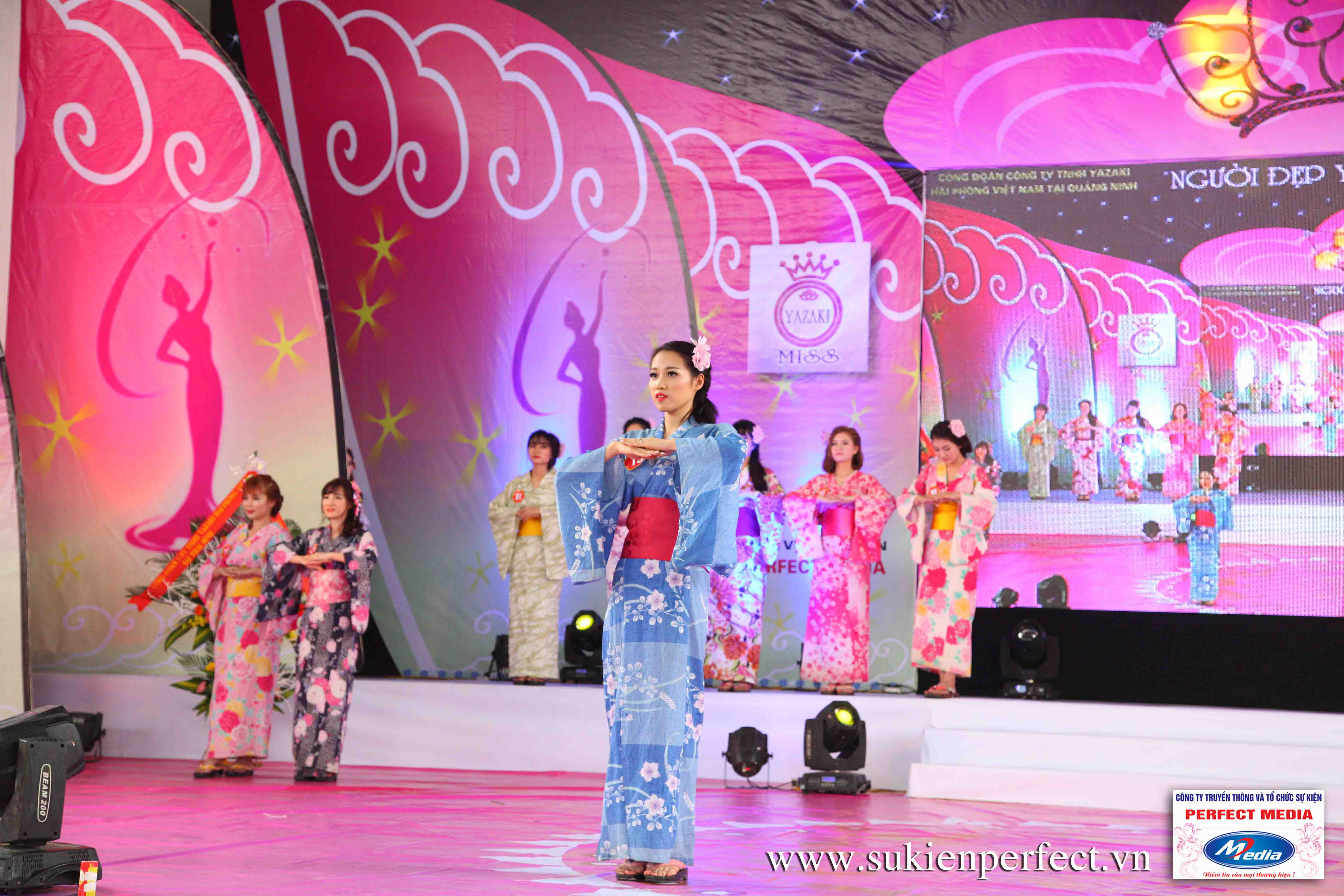 Hình ảnh các thí sinh trong trang phục Kimono - Người đẹp Yazaki Quảng Ninh 2016 - 16