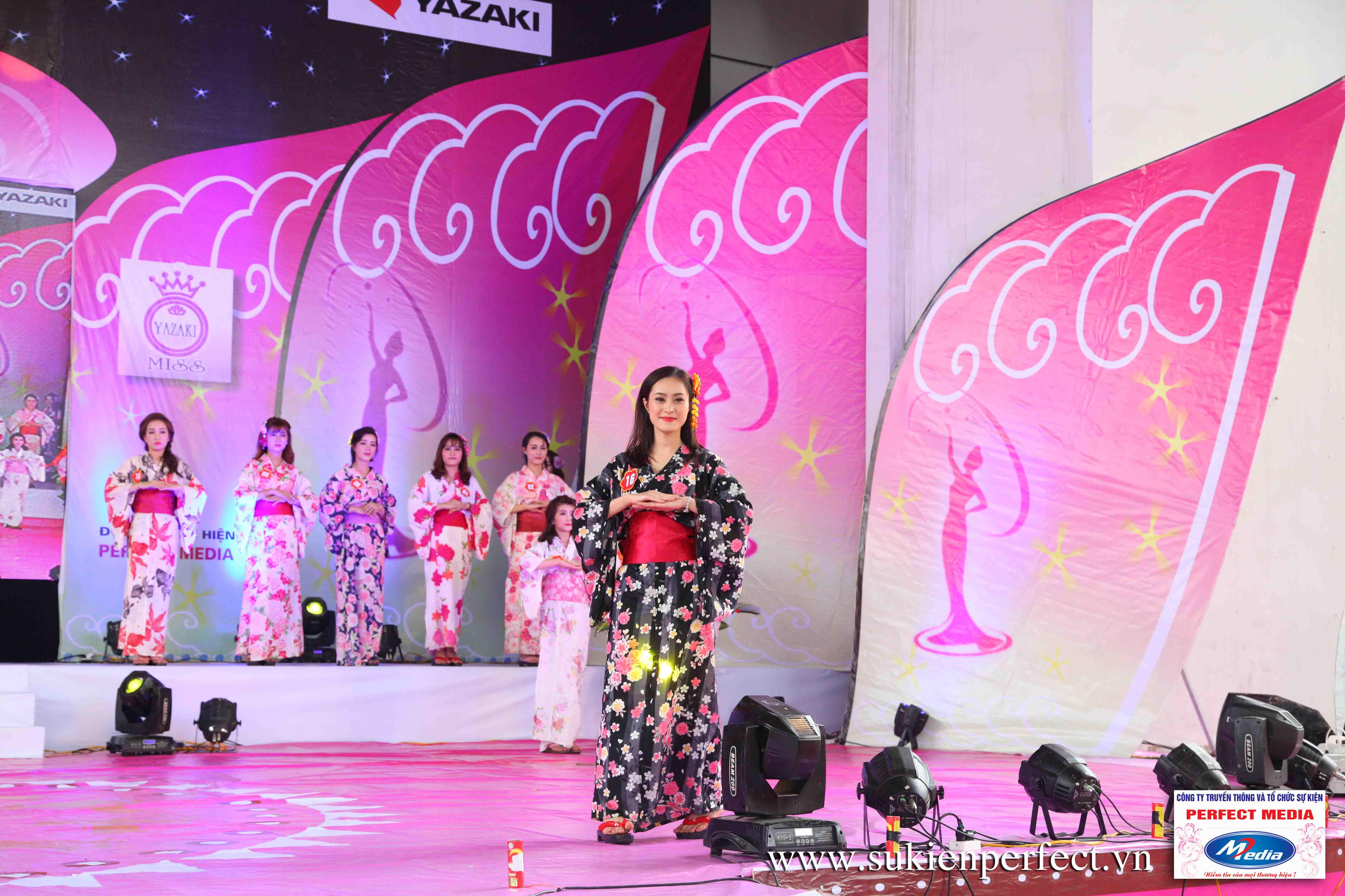 Hình ảnh các thí sinh trong trang phục Kimono - Người đẹp Yazaki Quảng Ninh 2016 - 17