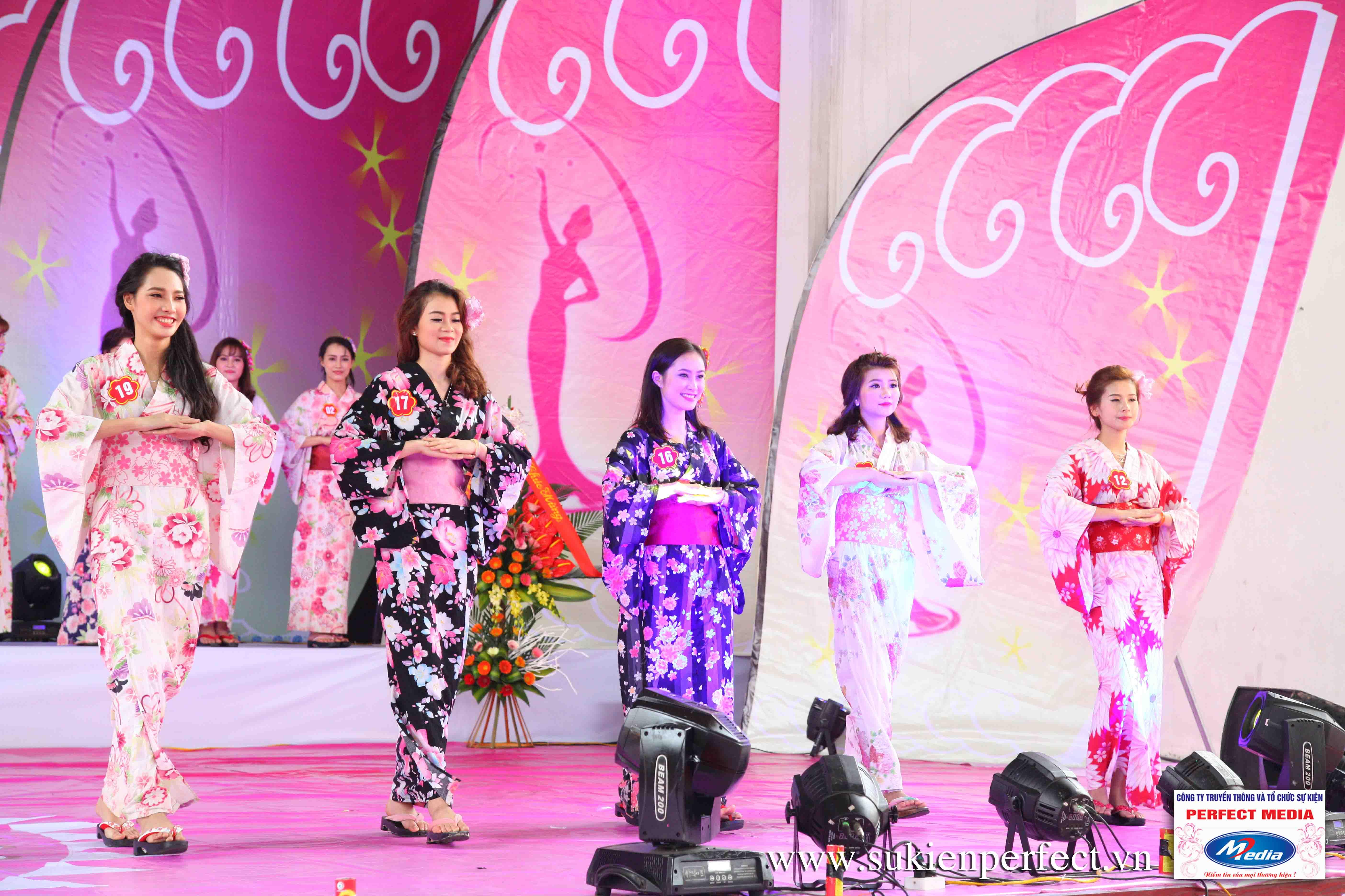 Hình ảnh các thí sinh trong trang phục Kimono - Người đẹp Yazaki Quảng Ninh 2016 - 24