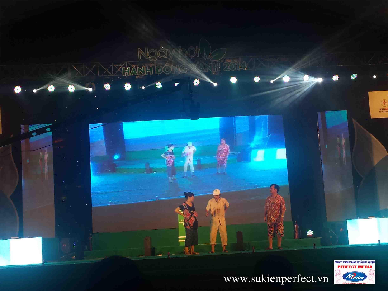 Đêm hội có sự góp mặt của nghệ sĩ hài Quang Tèo