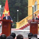 Perfect Media setup họp báo giữa Chủ tịch nước Trần Đại Quang và Tổng thống Donald Trump