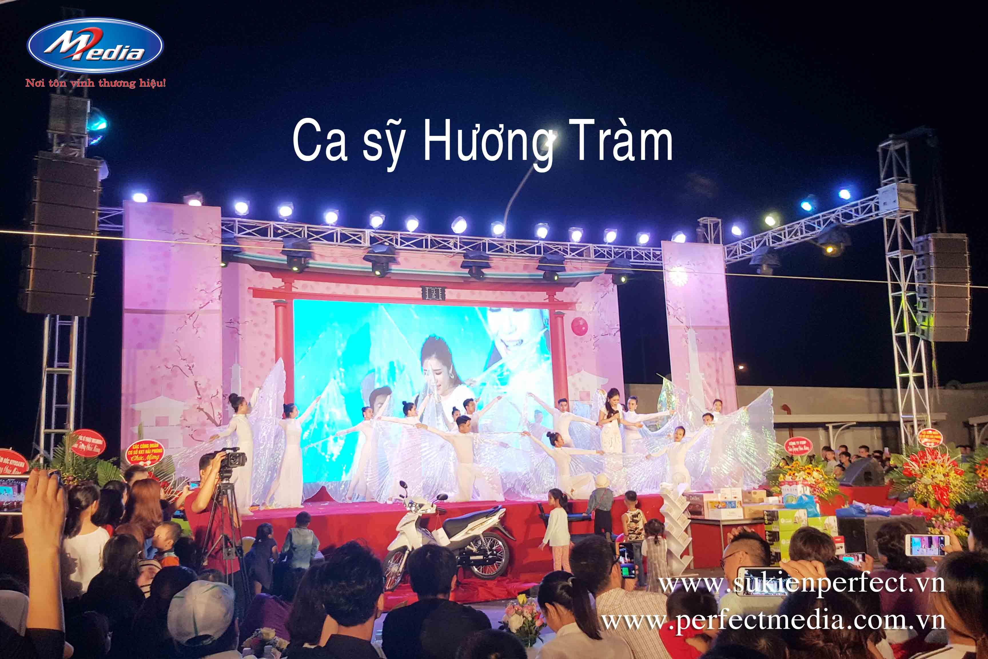 Ca sỹ Hương Tràm