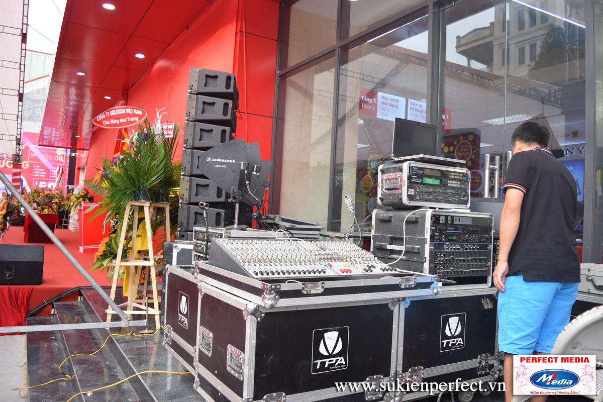 Hệ thống điều khiển âm thanh và hiệu ứng của chương trình