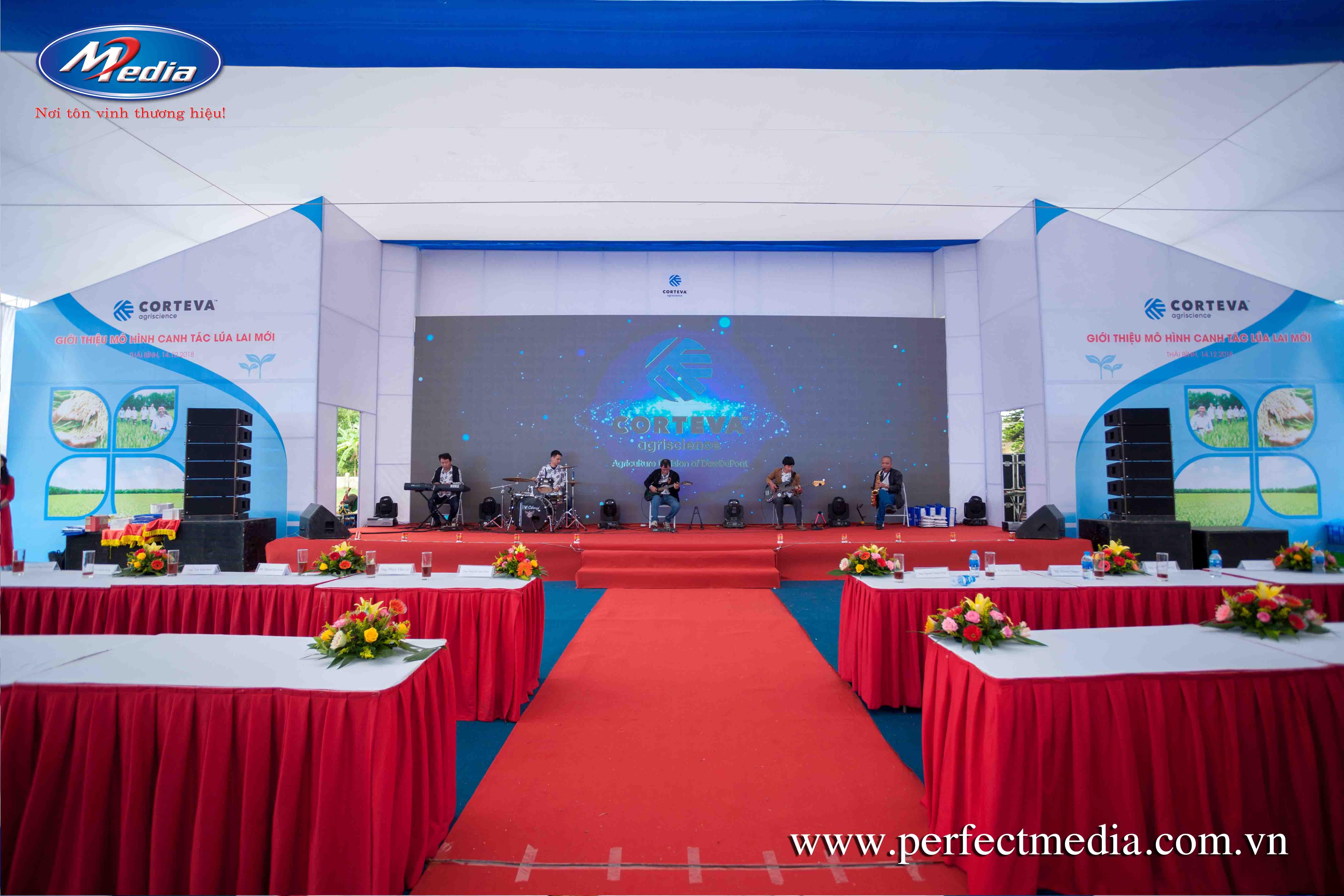 chức Lễ ra mắt, giới thiệu sản phẩm, dịch vụ mới tại Hạ Long, Quảng Ninh mà công ty Perfect Media cung cấp