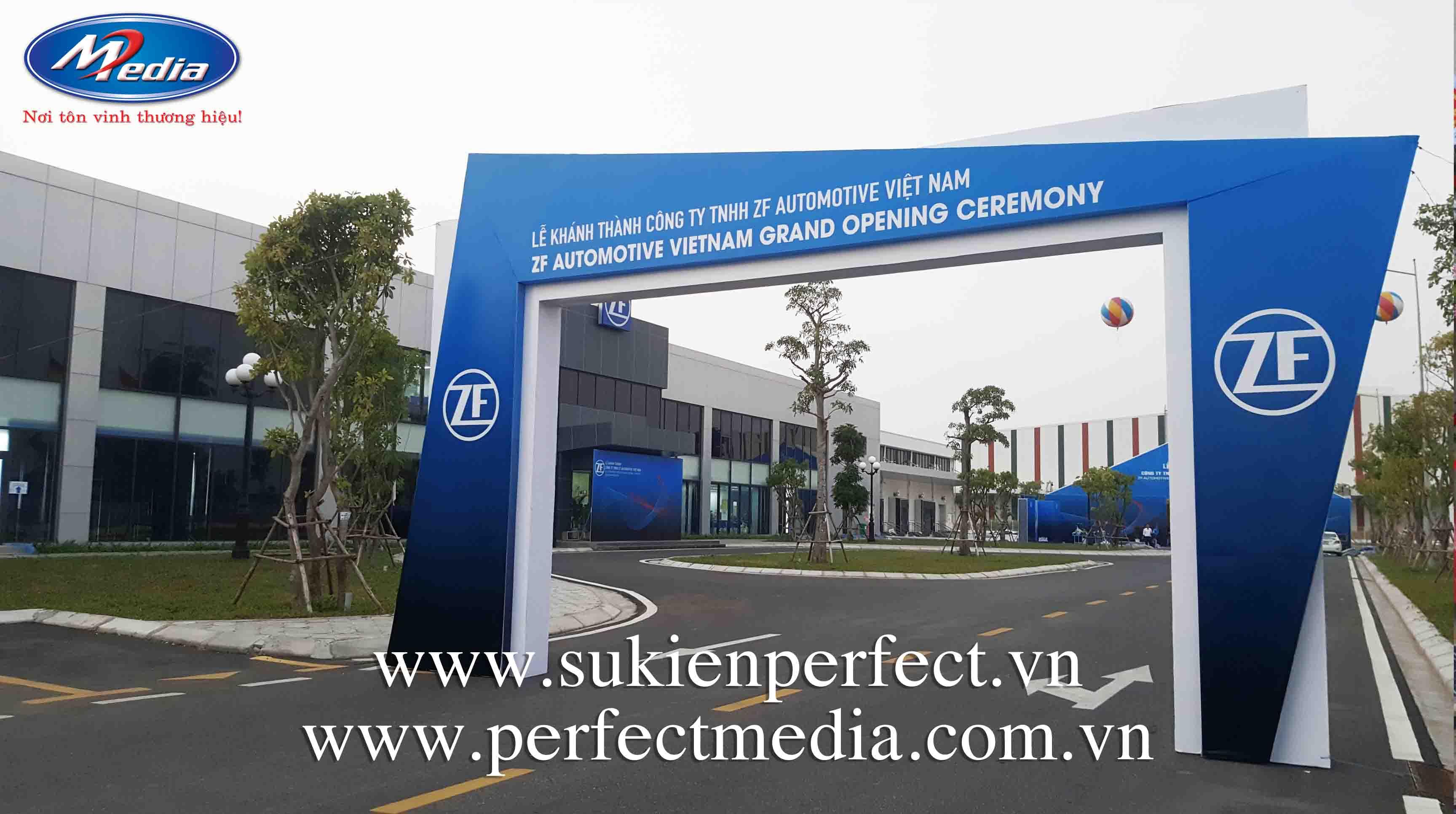 công ty Perfect Media còn cung cấp rất nhiều trang thiết bị khác để tổ chức Lễ khai trương, khánh thành chuyên nghiệp tại Hạ Long, Quảng Ninh